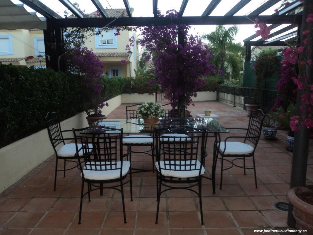 Decoraci n de patios y terrazas paperblog - Patios con estilo ...