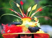 sombreros Ascot 2013: Pájaros, flores antenas parabólicas