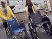 docentes Educación Física Alfonso rescatan basura sillas ruedas desechadas residencia ancianos para «aprovecharlas clase»