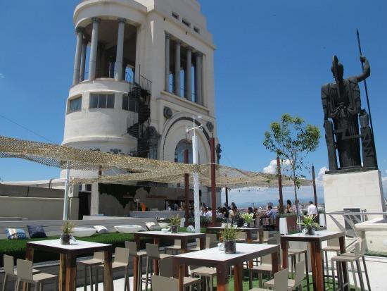 Azotea Del Círculo Y Restaurante Tartan Roof El Cielo De