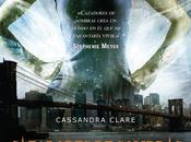 """Reseña: """"Cazadores Sombras: Ciudad hueso"""" Cassandra Clare"""