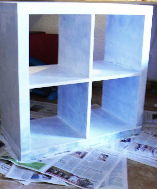 Pintando una librer a expedit de ikea painting an ikea - Mueble ikea expedit ...