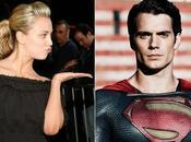 BANG THEORY: Penny enganchó Superman
