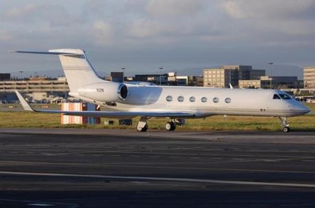 Gulfstream V: $88 Millones - Dueño: Steve Job