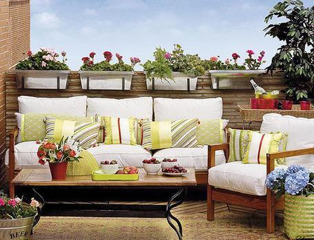 Balcones con encanto paperblog - Muebles para terrazas exteriores ...