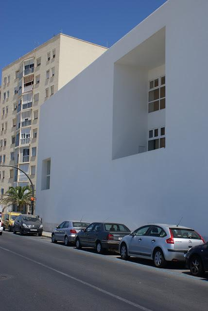 Escuela p blica drago c diz alberto campo baeza paperblog - Colegio arquitectos cadiz ...