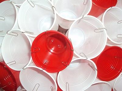 La Lampara De Vasos De Plastico De Marta Paperblog - Arbol-de-navidad-con-vasos-de-plastico