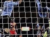 Uruguay 1(4) 1(2) Ghana. Suárez consagra como héroe 'charrúa'. Incluye vídeo goles.