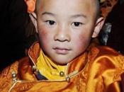 Niño cuatro años convierte último Buda viviente