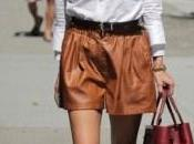 Olivia Palermo elige shorts cuero sintético Zara. Consíguelos