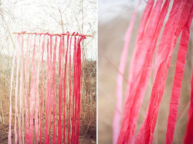 Cortinas artesanales con tiras de tela tintadas paperblog - Como hacer cortinas de tiras ...