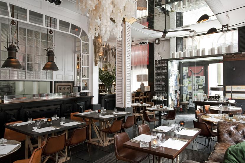 Big fish bcn un restaurante con una decoracion de los 50 - Muebles hosteleria barcelona ...