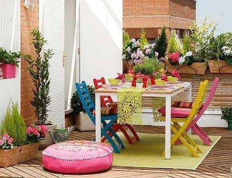 Garden deco inspiration terrazas jardines y balcones for Jardines verticales en balcones