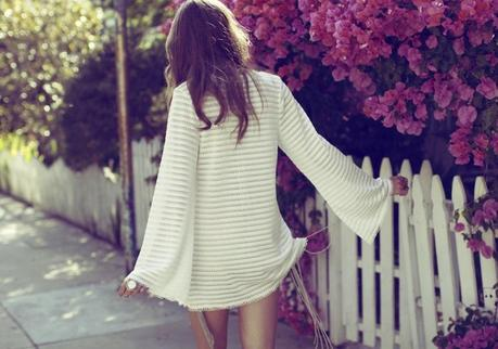 SUMMER: THE WHITE BREEZE