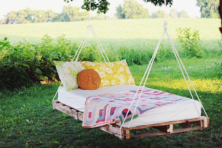 Hazlo t mismo cama flotante con pallets o tarimas - Hazlo tu mismo ...