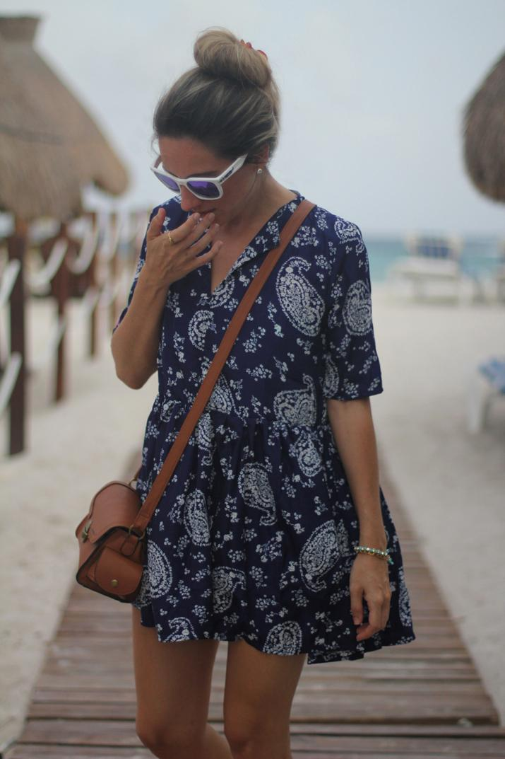 Beach outfit by fashion blogger Mónica Sors Mexico