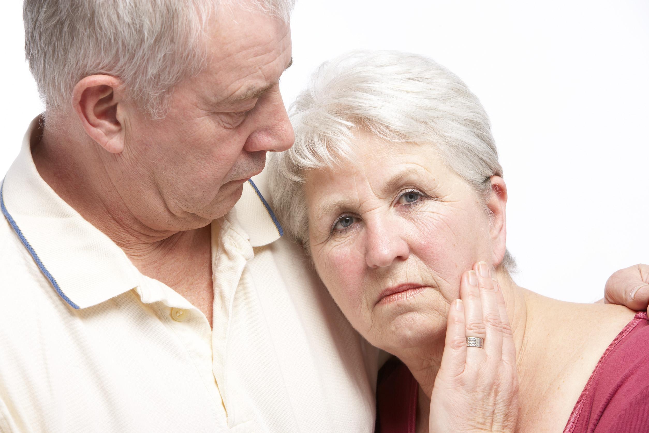 Cura o tratamiento natural del Alzheimer - hierbas y alimentos útiles