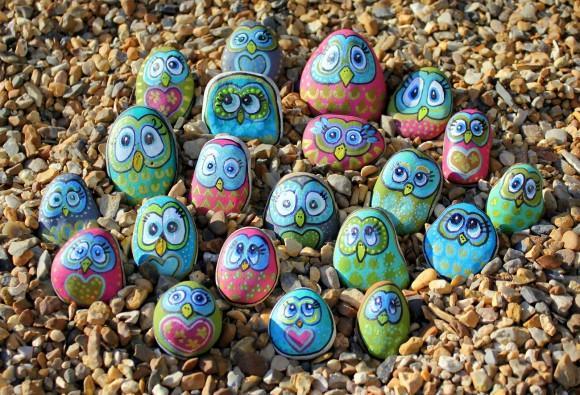 Manualidades pintar piedras de colores paperblog for Como pintar piedras