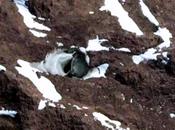 Google earth revela extrañas entradas antartida, ¿son bases extraterrestres?