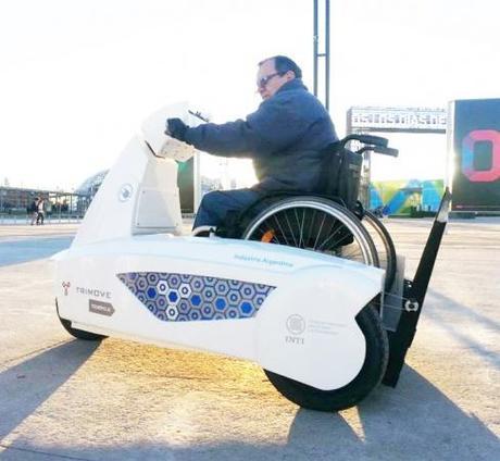 Vehículos desarrollados por el INTI facilitan el traslado de personas con movilidad reducida en Tecnópolis - Argentina
