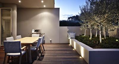 Patios modernos y minimalistas paperblog for Patios interiores modernos