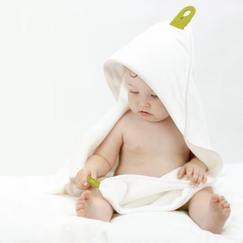 Medidas Toalla Baño Bebe:Con este gesto, y con la capa de baño Puj Hug claro, estaremos