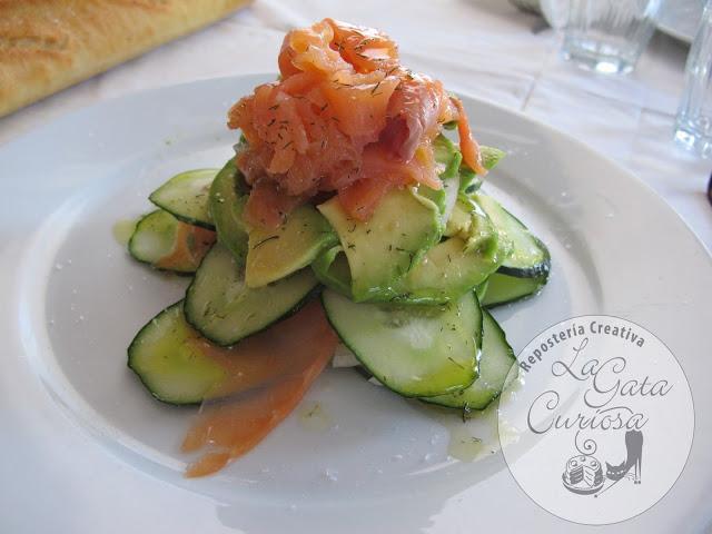 Ensalada de pepino aguacate y salm n paperblog - Ensalada salmon y aguacate ...