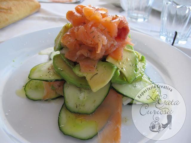 Ensalada de pepino aguacate y salm n paperblog - Ensalada con salmon y aguacate ...