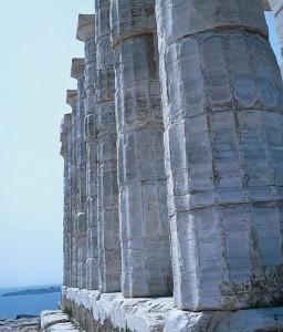 Templo griego 256x300 Tres visiones para el origen de la vida y una misma idea: panspermia