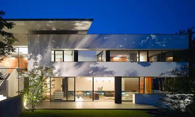Casa minimalista de 2 pisos paperblog for Casa minimalista blog