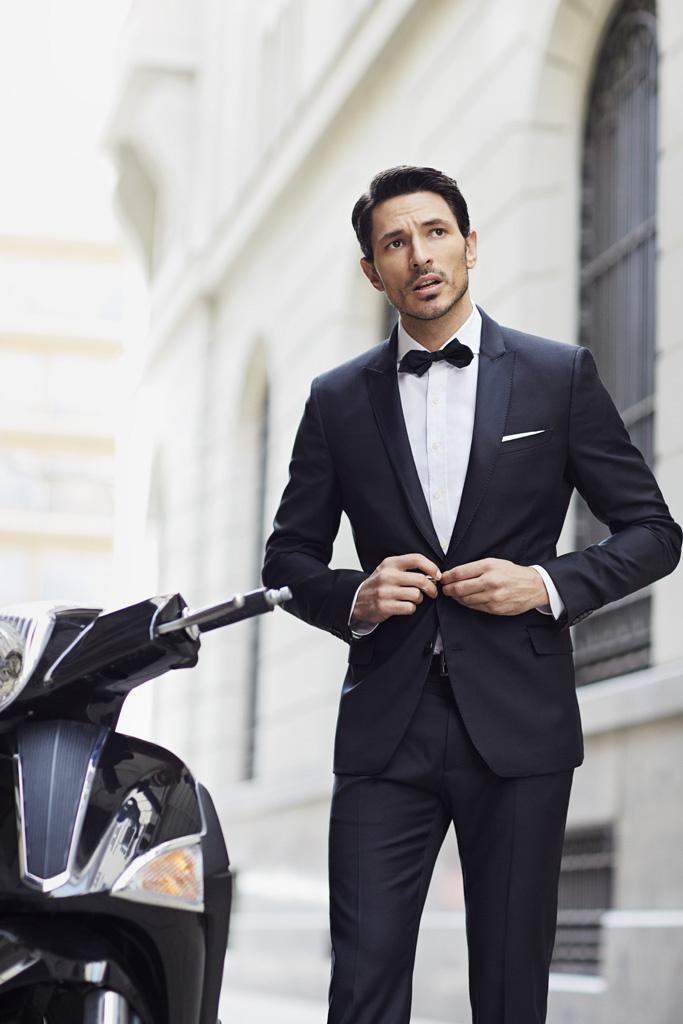 Andrés Velencoso and H.E. by MANGO