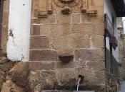 Tesoros camino: escudo imperial Fuente Chorro, Gata