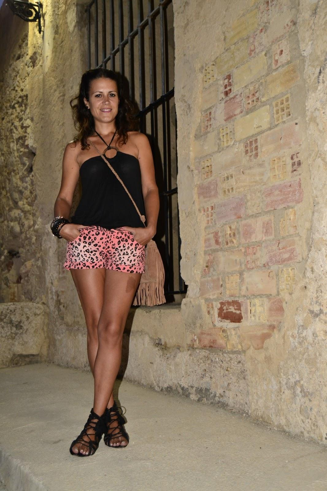 SHORT DE LEOPARDO
