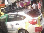 Conduciendo auto Google choca contra minivan, escapa veces