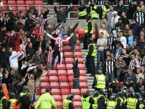 nufcfans_newcastle_sunderland_crowd_north_east_derby