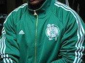 Celtics retienen Nate Robinson años más.