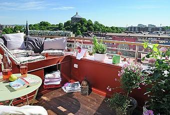 Insp rate terraza con mini espacio chill out en lo alto - Espacio chill out ...
