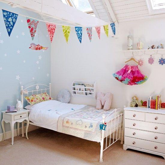 Guirnalda en cuartos de ni as paperblog for Cuartos decoracion de ninas sencillos