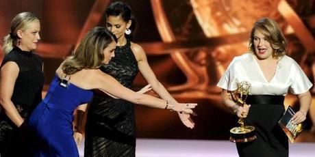 Breaking Bad y Modern Family triunfan en unos Emmys tan repartidos como sorprendentes
