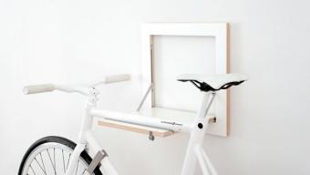 Slit Bike Rack :: colgar la bici de un estante