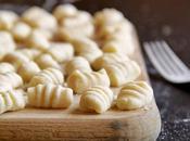 Ñoquis patata gorgonzola speck