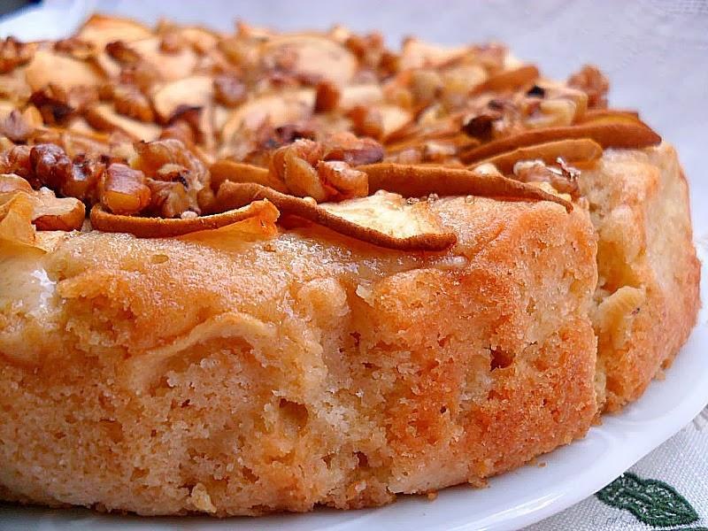 Pastel de manzanas reineta con nueces y canela paperblog for Bizcocho de manzana y canela