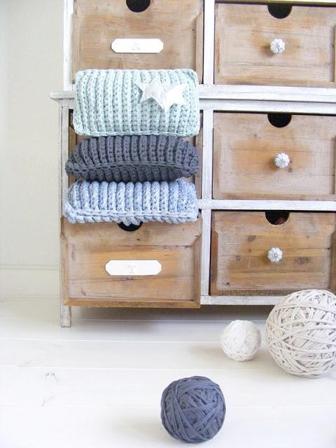 12 ideas para hacer con trapillo o crochet xxl paperblog for Cojines de trapillo