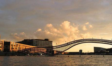 Puente Pythonbrug