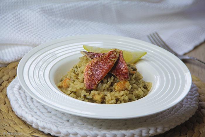 Risotto de arroz integral con salmonetes y salicornia - Risotto arroz integral ...