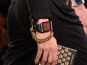 Galaxy Note Gear desfile moda Moschino