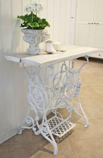 Reutilizar mesas de m quinas de coser antiguas paperblog - Compro puertas antiguas ...