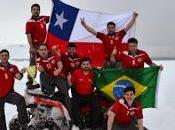 Habitantes antártica chilena festejan logro selección nacional