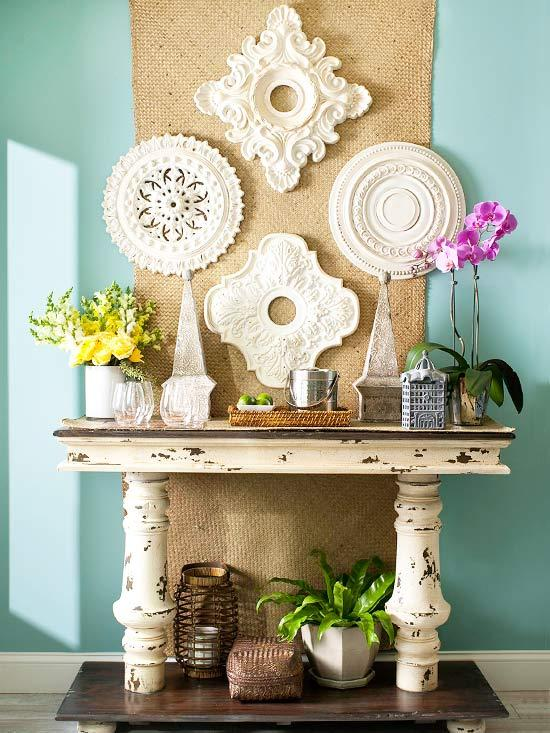 Decorar las paredes con medallones de escayola paperblog - Decoracion de escayola ...