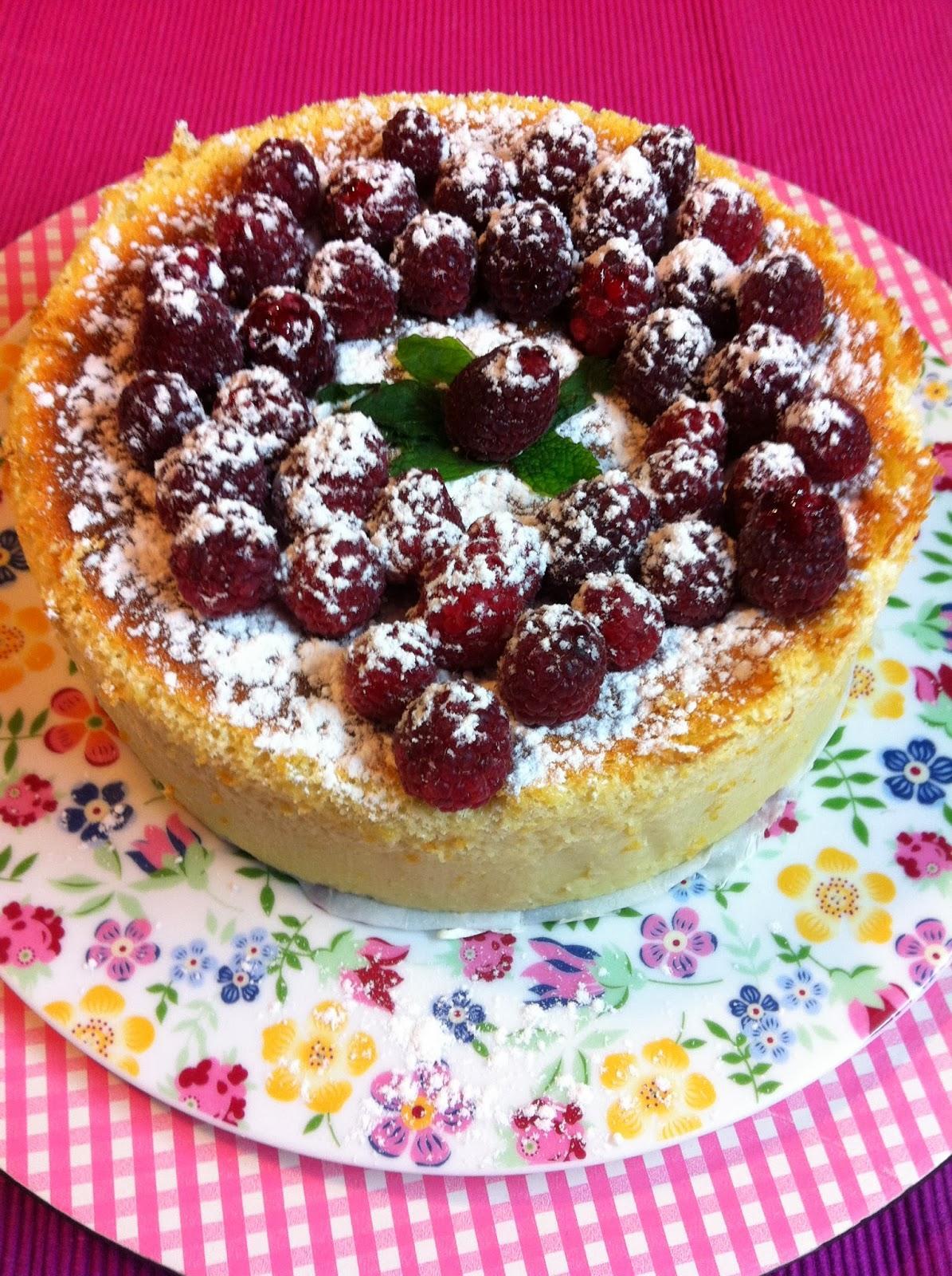 """Baño Blanco Para Tartas:Lleva un tiempo circulando por la Red esta receta de una """"tarta"""